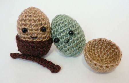 amigurumi acorns by planetjune