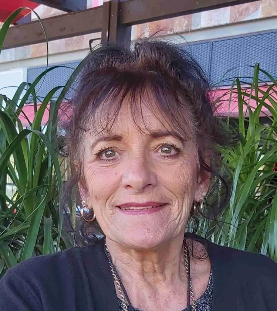 Anne Hernández