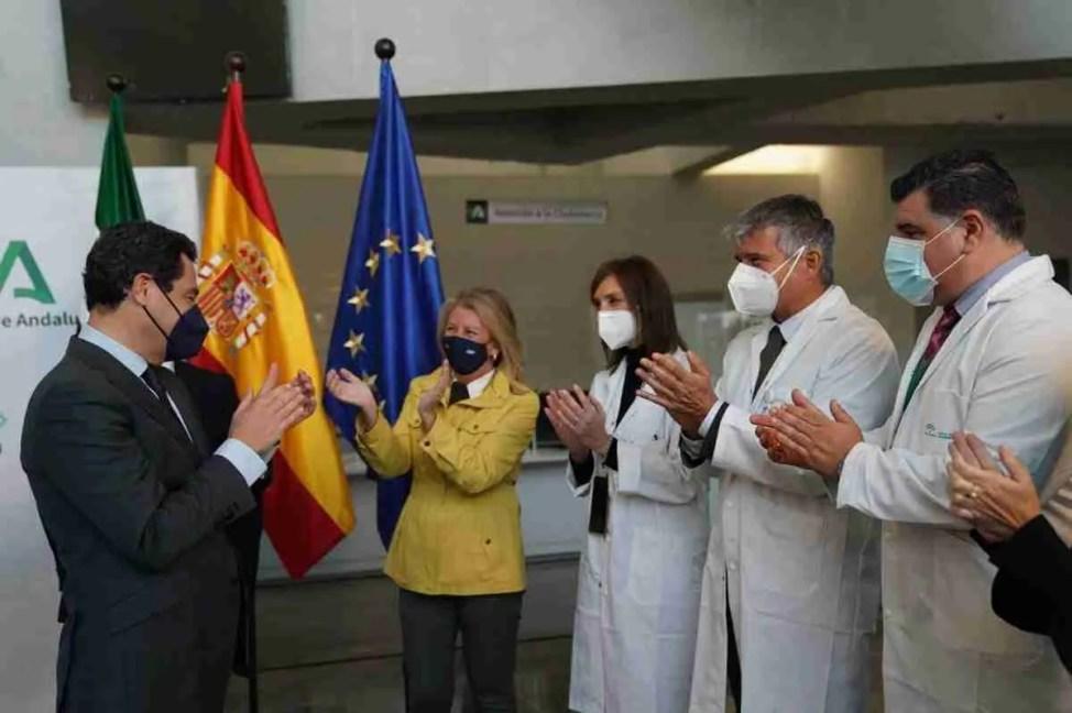 Juanma Moreno at the Hospital CDS