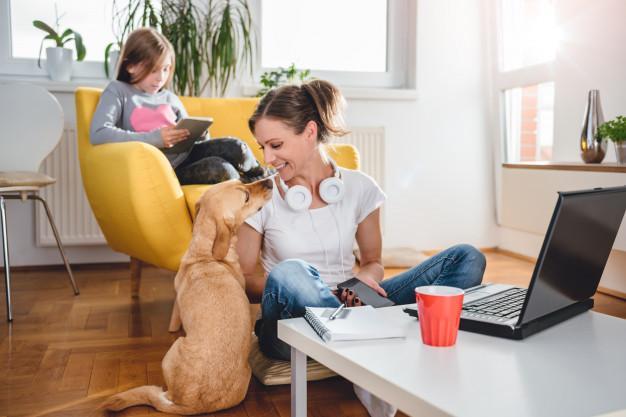 Skrivbordsjobb hemma – på gott och på ont