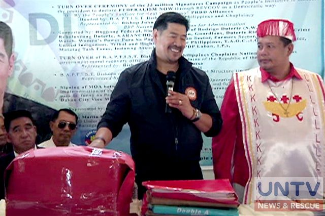 Duterte supporters submit petition to create a revolutionary gov't