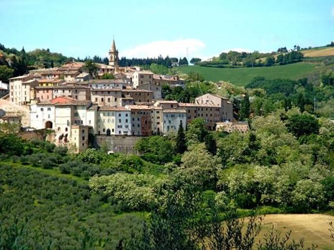 Cartoceto (fonte www.marchetravelling.com)