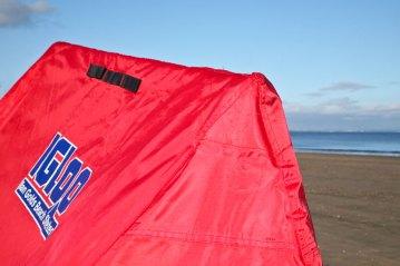 fishing-review-ian-golds-igloo-beach-shelter-0009