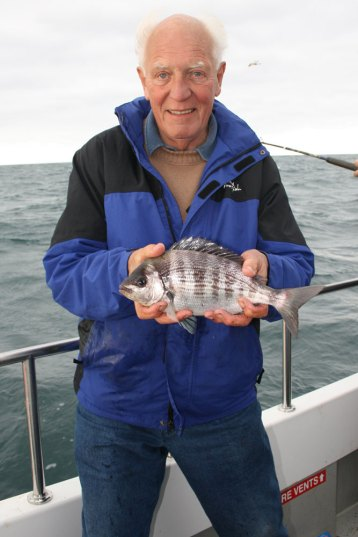 Weymouth plaice fishing Supernova bream