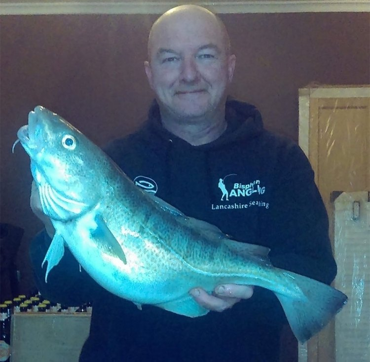 Martin Foxcroft with a cod of 6lb 7oz