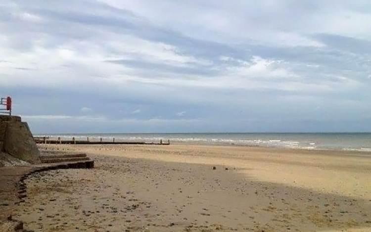 Mundesley beach