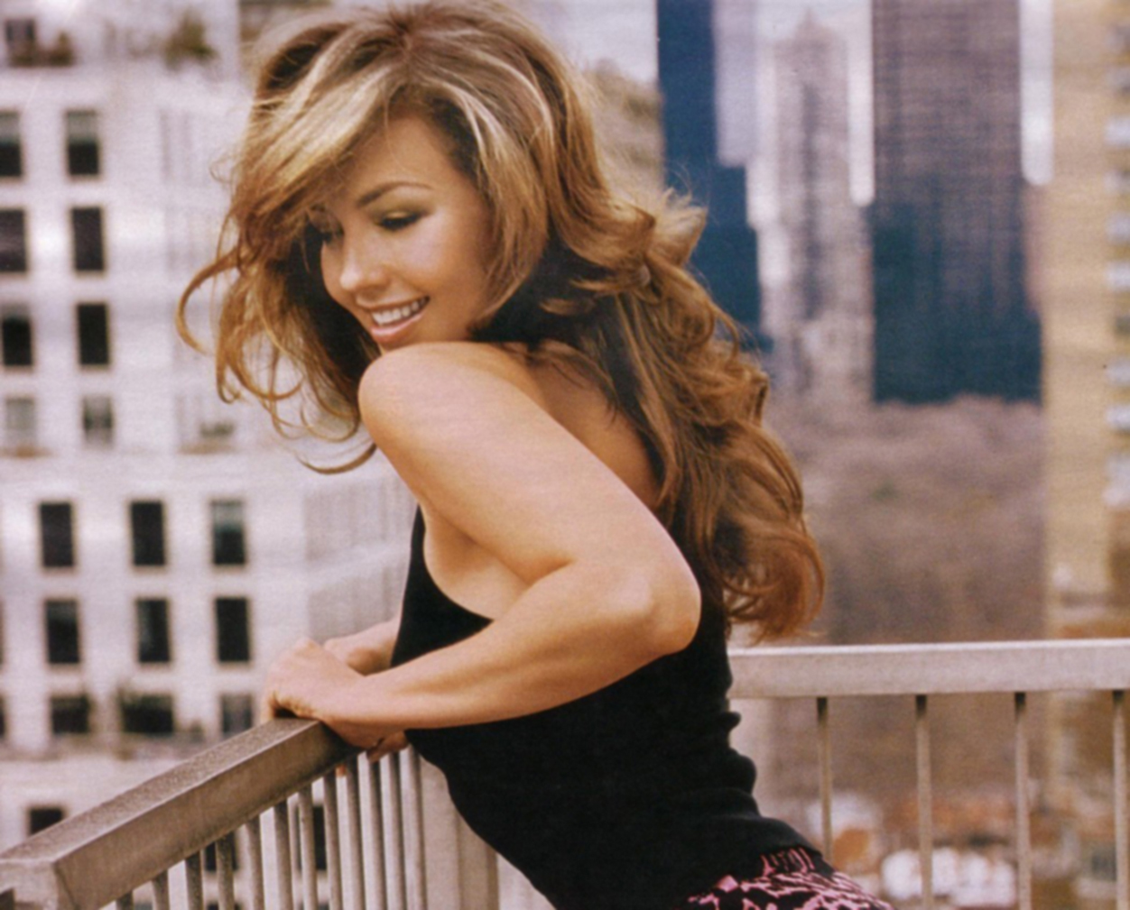 https://i1.wp.com/www.planetthalia.com/InformationInformacion/thalia_nueva_york_ciudad_new_york_city.jpg
