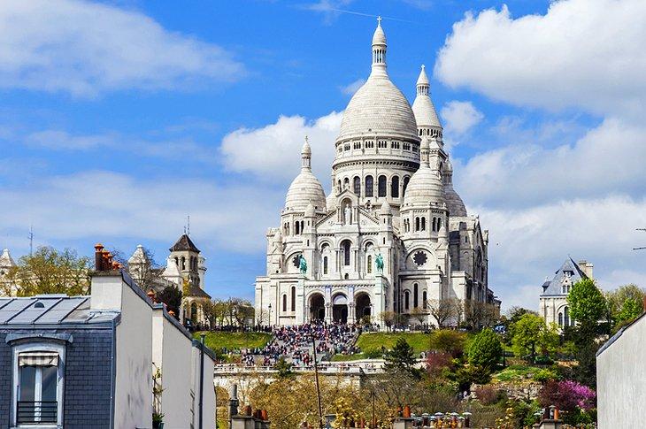 Sacré-Coeur and Quartier Montmartre