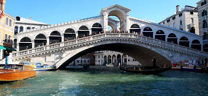Puente de Rialto San Polo Venecia