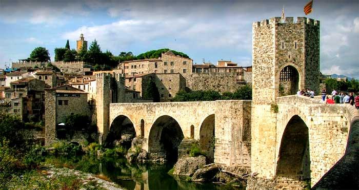 Puente de Besalú, en Girona
