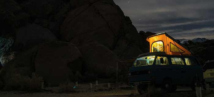 Ver las estrellas en una camper