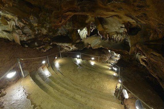 Interior Cuevas del Águila