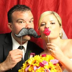 photo booth wedding props