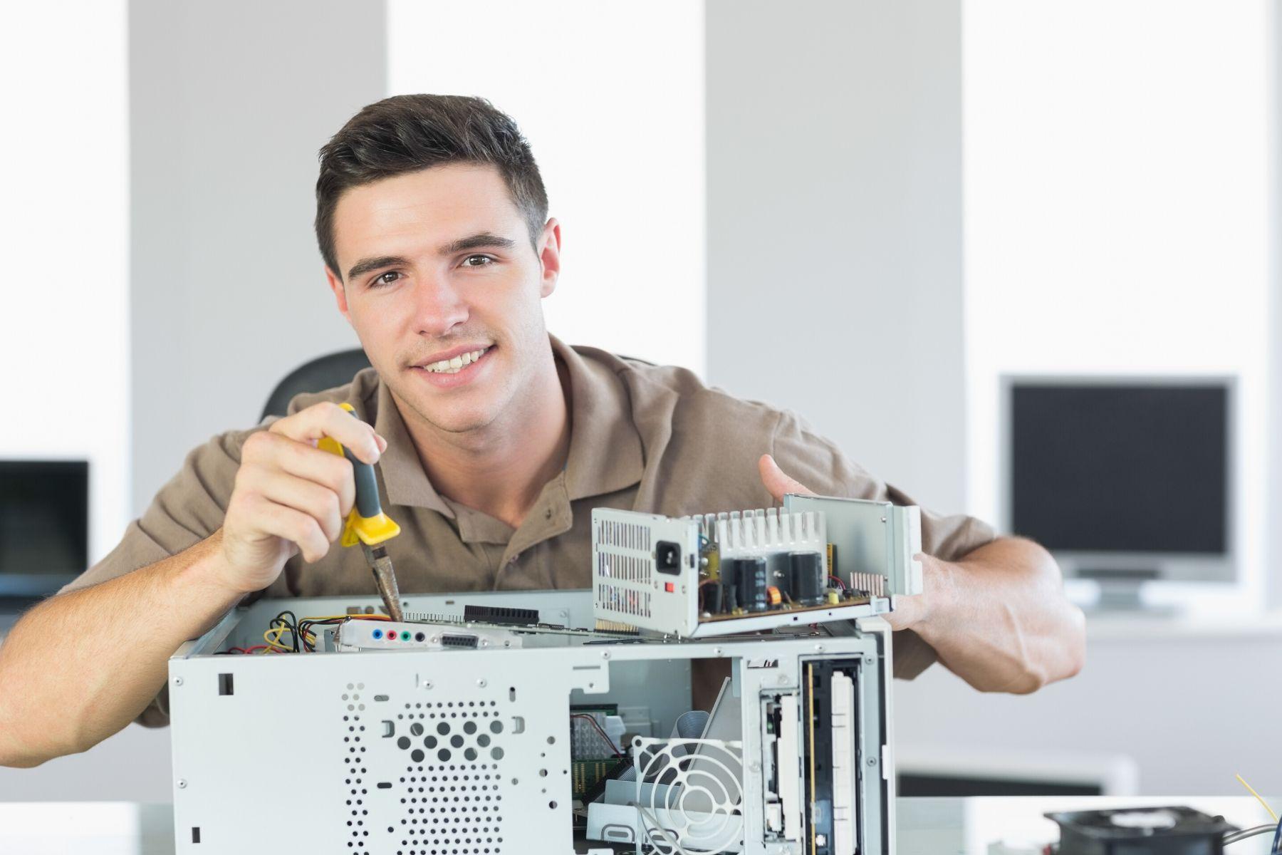 Computer Engineer Image