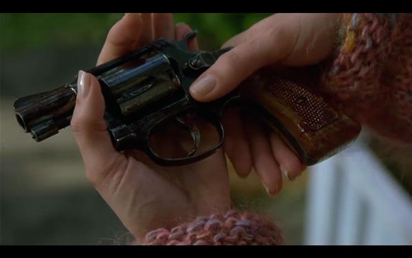 """As mãos de Karen e o revolver em """"Os Bons Companheiros"""""""