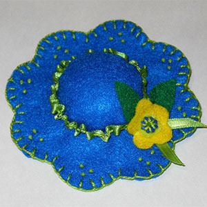 Saturday Stitchers: Hat Pincushions