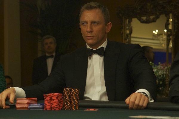 Crítica | 007 – Cassino Royale (2006) – Plano Crítico