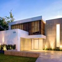 Diseño de moderna casa de dos pisos construida en 220 metros cuadrados