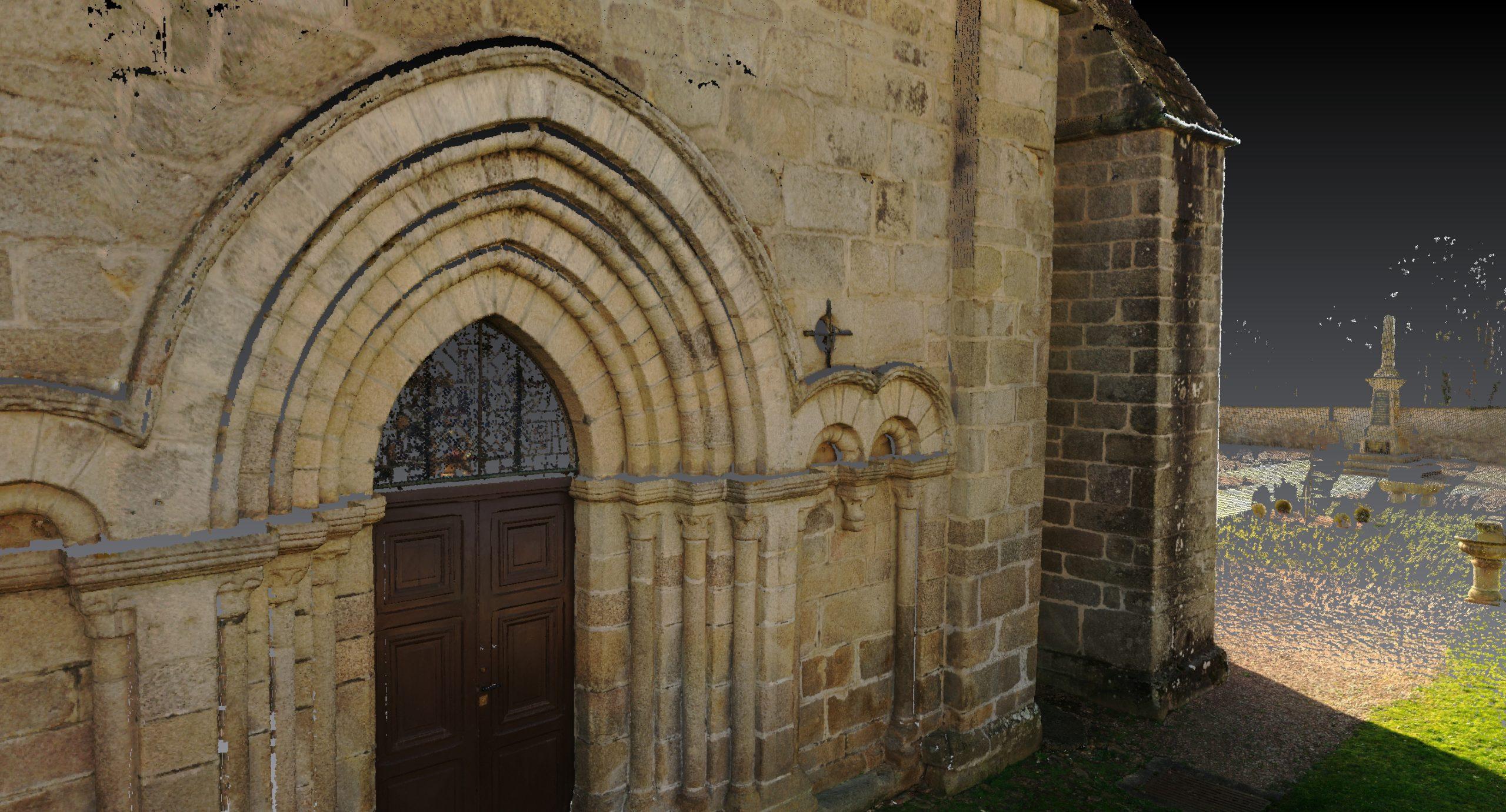 Levé d'une porte d'église pour rénovation.