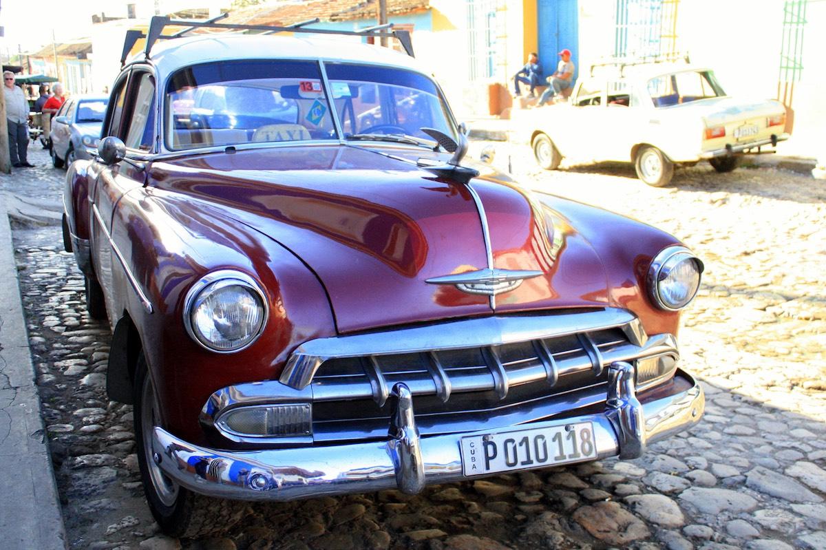 Trinidad, Cuba - Vintage Taxi | Plan South America