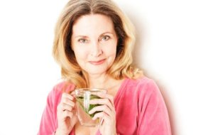 Menopausia: plantas para combatir síntomas como sudores, cansancio o depresión