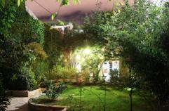 La iluminación del jardín