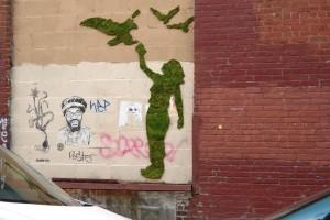 Graffiti con musgo