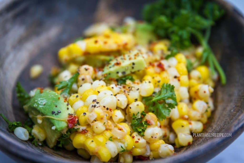 Spicy sweet corn salad with avocado and parsley (Low fat, vegan, no oil)