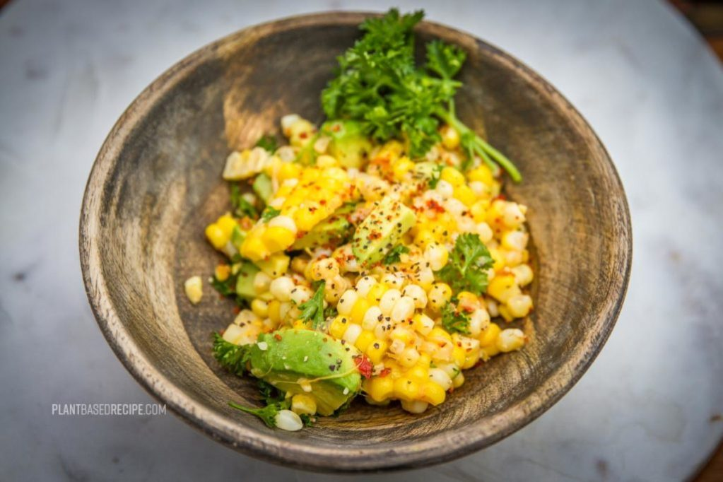 Sweet corn from the cob salad (vegan and oil-free).