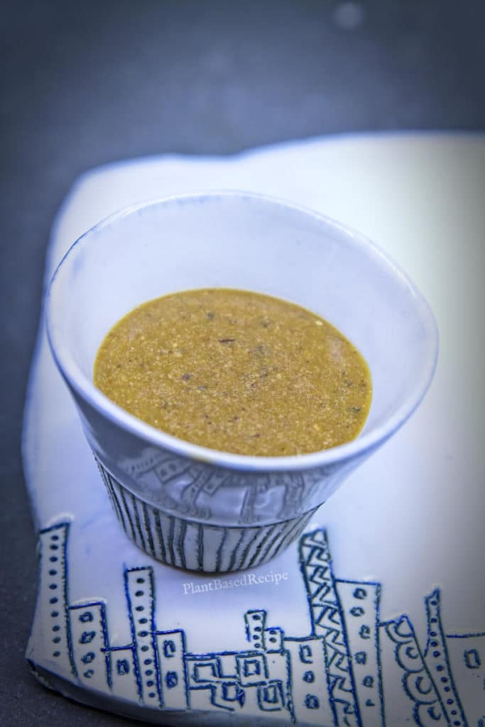 Vegan oil-free pepper gravy