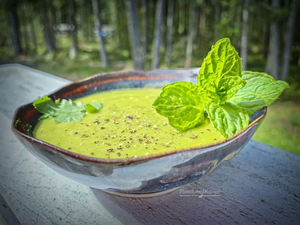 Lime Cilantro Mint oil-free vegan salad dressing