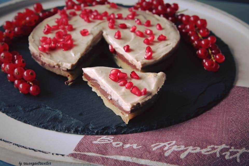 Marzipan Vego Torte mit Granatapfel