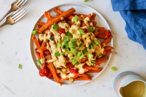 vegan chili cheese sweet potato fries