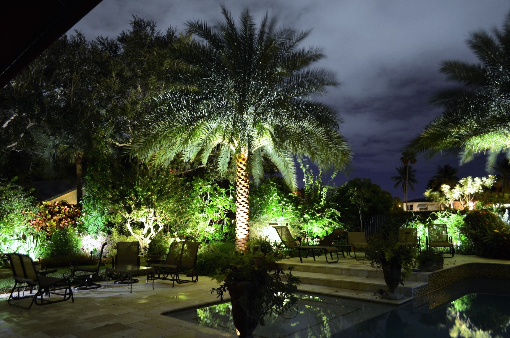 landscape lighting installers near