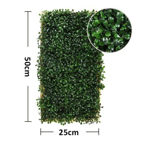 size of artificial boxwood frame