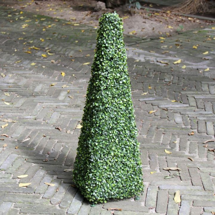 outdoor-artificial-topiary-trees-cone