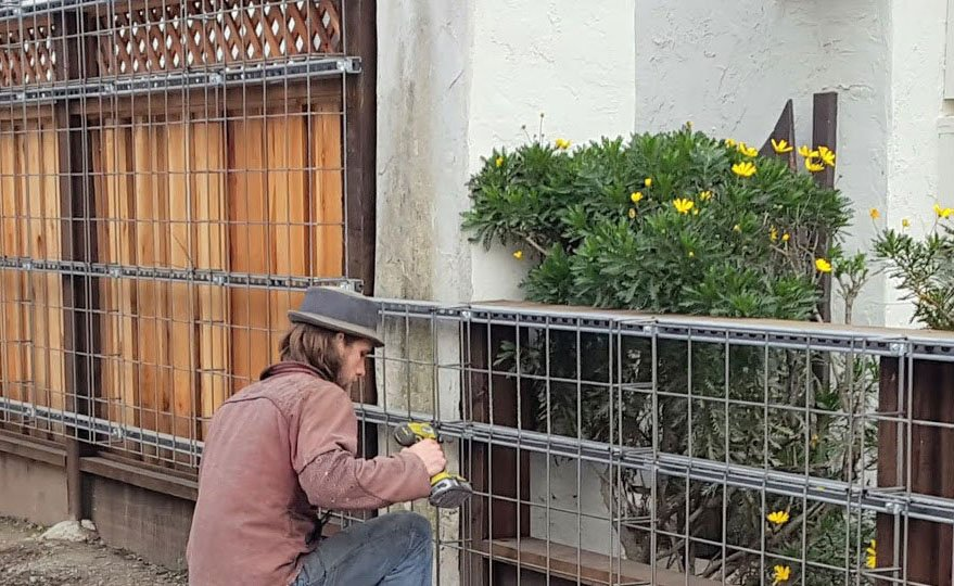 Florafelt Pro System Wire Grid Installation Planted Design San Francisco