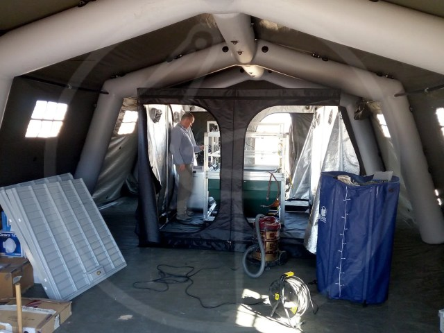 Mission Oman internal pneumatic tent