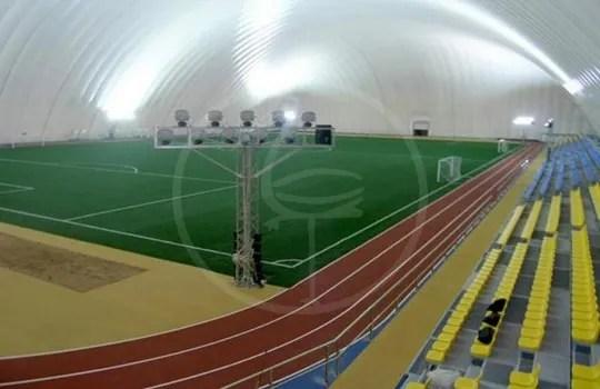 Pressostruttura campo da calcio con tribune mt 142x92
