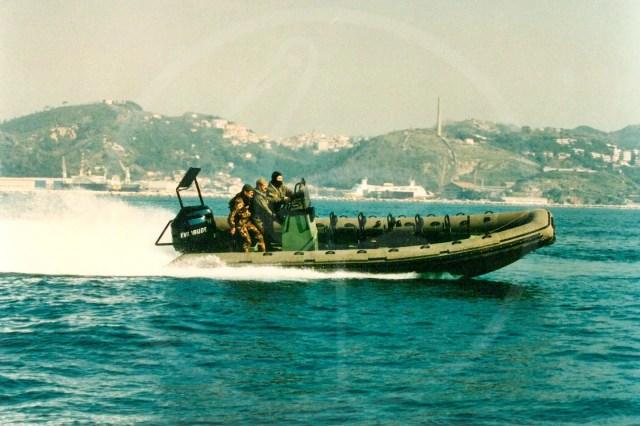 Embarcation semirigide de 7,50 mètres pour les plongeurs de la Marine militaire
