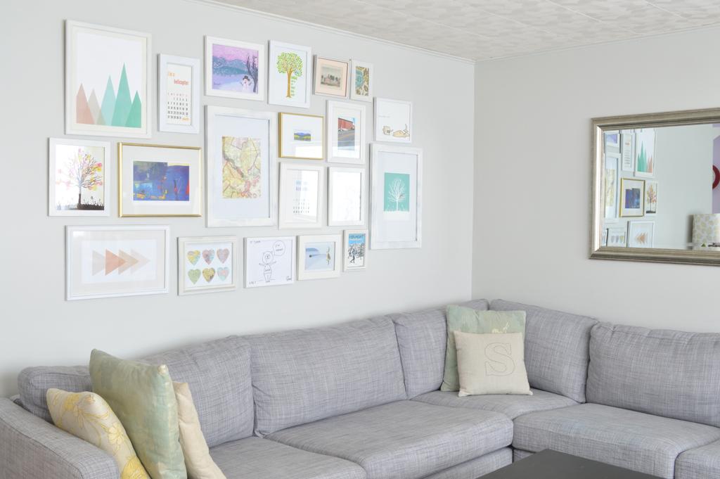 Living room gallery wall -- Plaster & Disaster