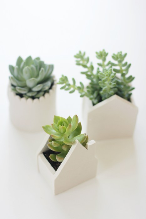 Inspiration - clay house planters by fellowfellow.com - Plaster & Disaster