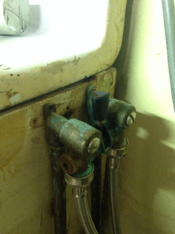 Changing washer shutoff valve -- Plaster & Disaster
