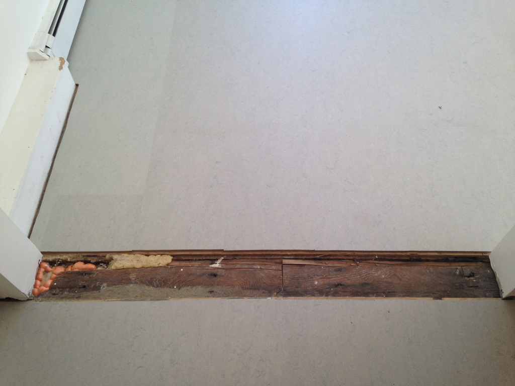 DIY Floor threshold -- Plaster & Disaster
