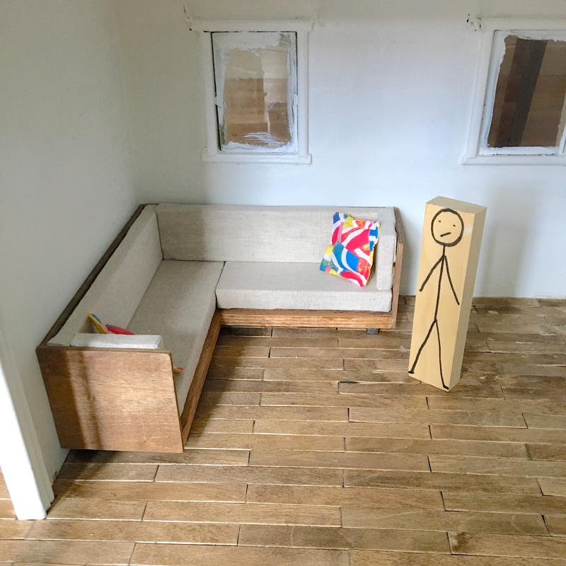 DIY tiny modern sofa -- Plaster & Disaster