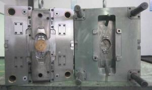 plastic mold maintenance