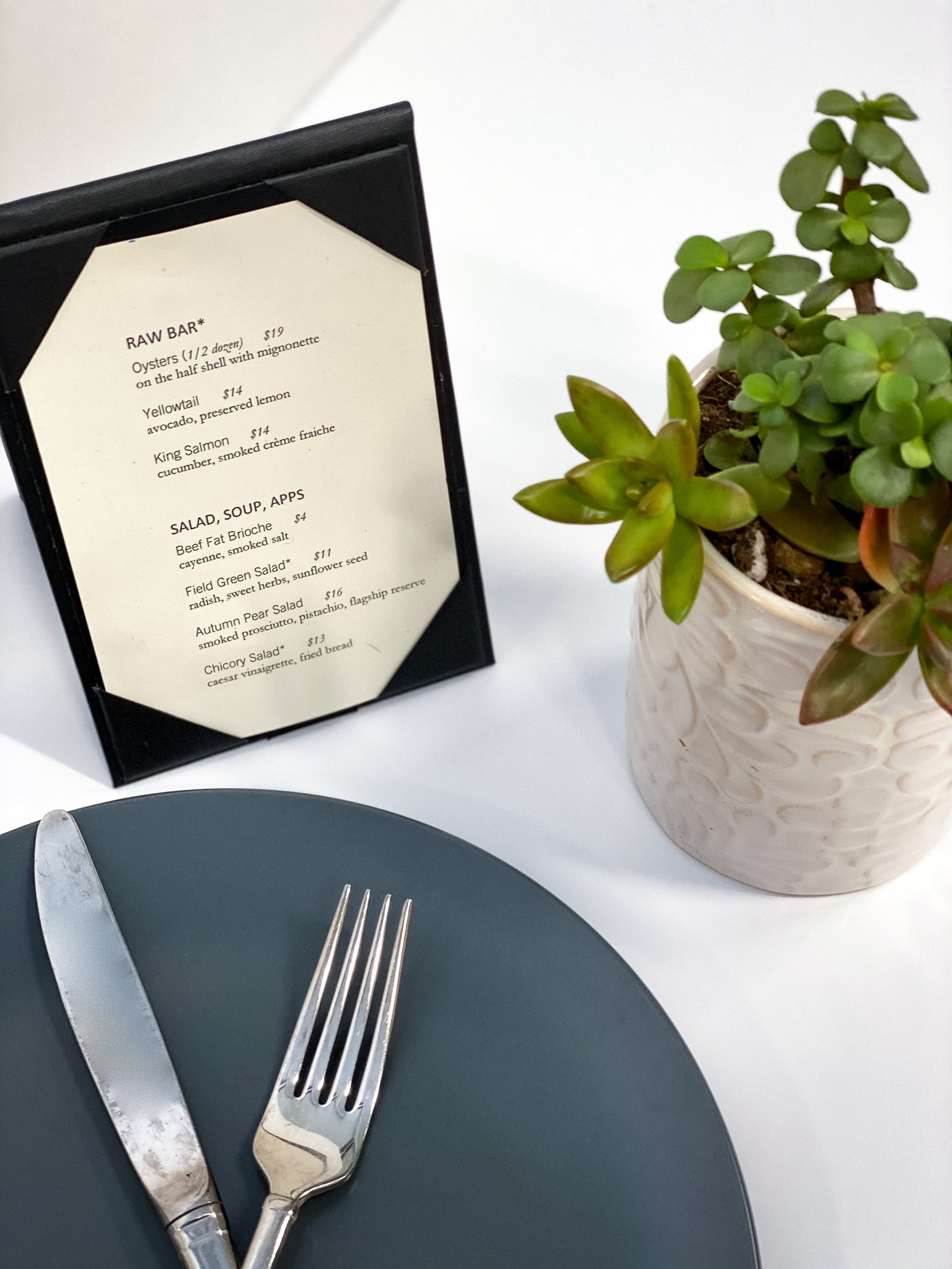 Table tents for restaurant