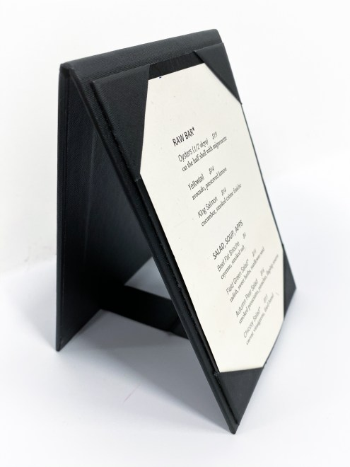 Table tents with corner inserts