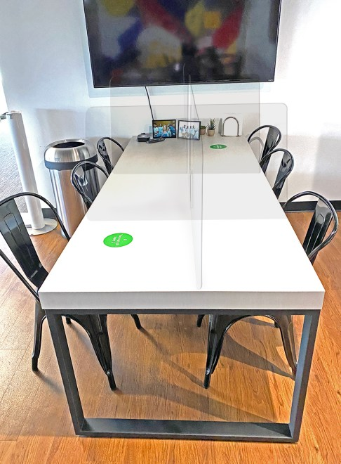 6 panel table divider