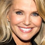 Christie Brinkley Plastic Surgery – A Facelift Done Well